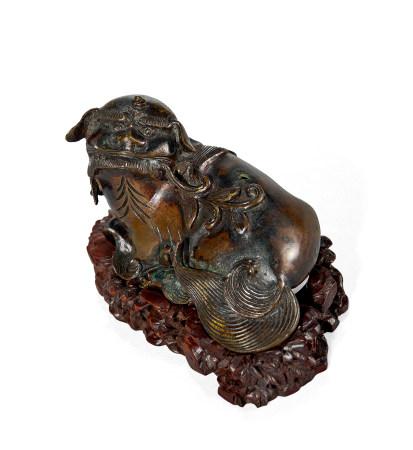 清 早期 铜狮香插摆件
