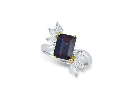 亞歷山大石配鑽石戒指鑲鉑金(附GIA證書)