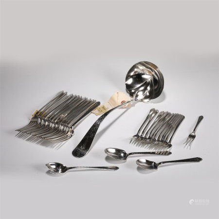 A SET OF SILVER TABLEWARE