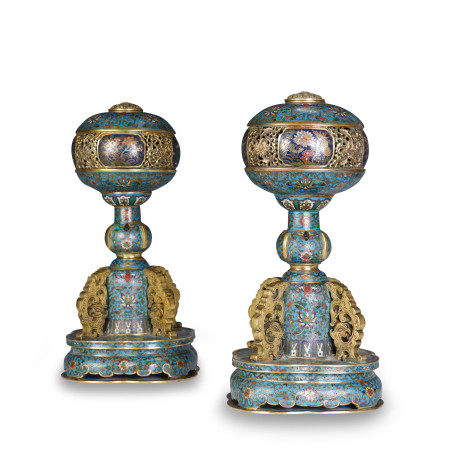 PAIR OF CLOISONNE ENAMEL AND GILT HAT HOLDER WITH BAOXIANG FLOWER PATTERN