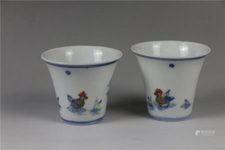 A pair of doucai cups 斗彩杯一对