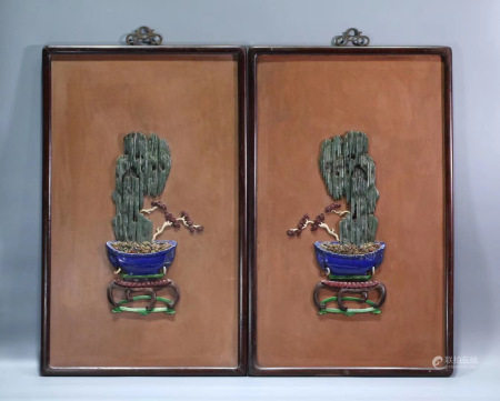 A PAIR OF WOOD HANGING SCREENS