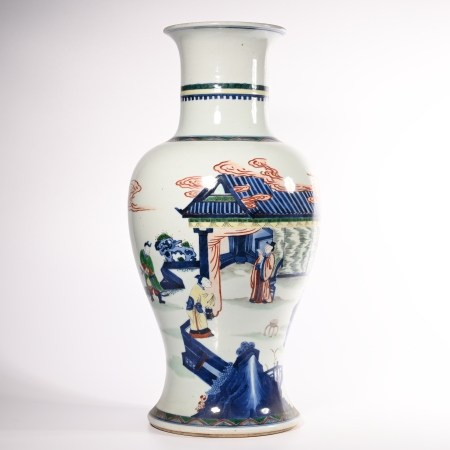 The story bottle of colorful characters in Qing Dynasty