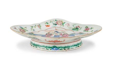 A CHINESE FAMILLE ROSE RAISED LOBED DISH