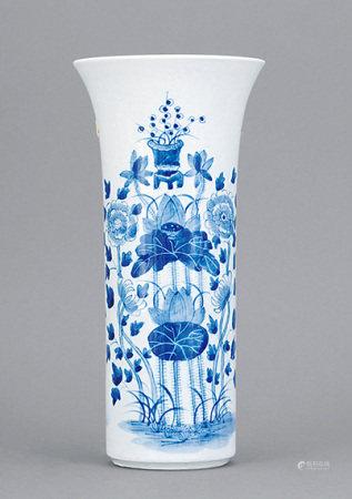 清 青花花卉紋觚瓶