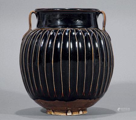 黑釉絃紋罐