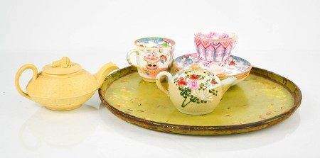 A Victorian painted wine tray, together with a Minton Japan pattern cup and three saucers, and two