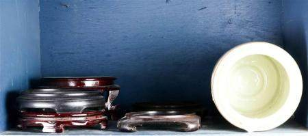 (lot of 6) A Gump's ceramic Chinese export decorative umbrella stand