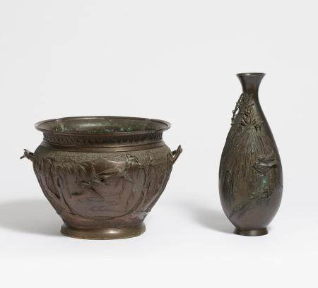 Vase und Cachepot mit Vögeln