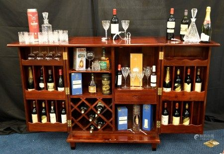 Stunning Solid Rosewood Handmade Cocktail Cabinet/Bar