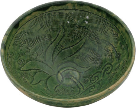 綠釉刻花碗