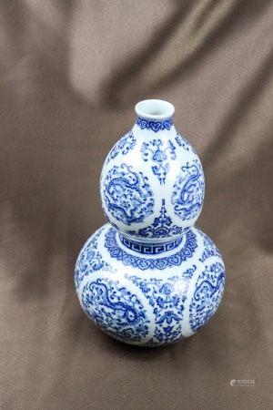 清代 乾隆年制葫芦瓶青花