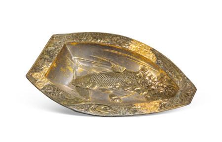 江戶時代 銀製精工鯉魚小盆 Edo period SMALL SILVER WARE BASIN WITH DESIGN OF CARP
