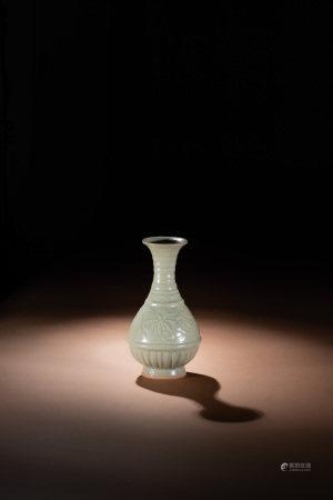 明 龍泉花瓶