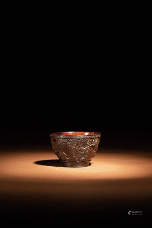 十八世紀 椰殼雕松鼠葡萄茶杯
