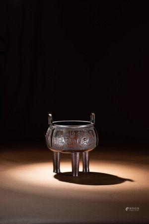 明 銅獸面紋鼎式爐