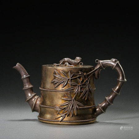 QING DYNASTY, CHINESE PURE SILVER TEAPOT MADE BY PALACE MANUFACTURING OFFICE