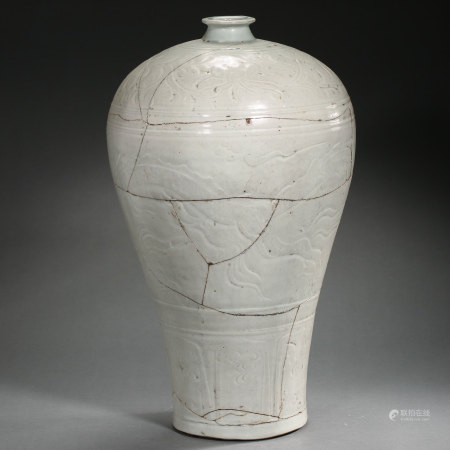 """YUAN DYNASTY, CHINESE MEIPING """"RESTORED"""""""
