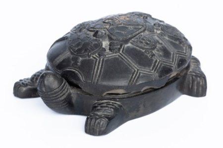 TURTLE-SHAPED INKSTONE