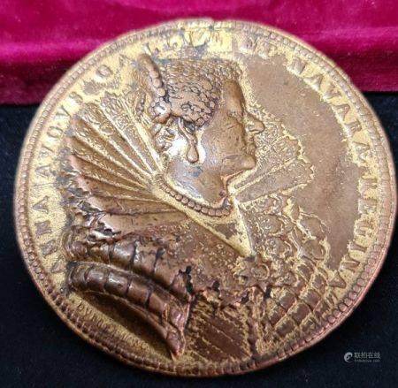 Guillaume Dupré . Médaille XVII ème siècle en bronze aux profils de Louis XIII et Anne d'Autric