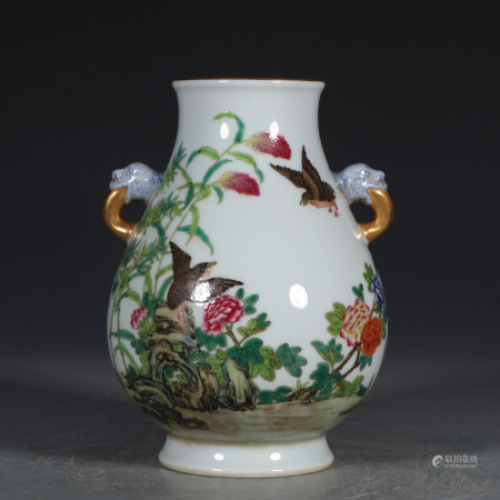 Chinese Enamel Gold Painted Porcelain Binaural Bottle