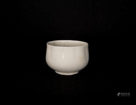 宋代-定窯花口碗