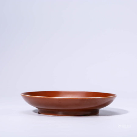 A CHINESE RED-GLAZED GRISAILLE-PAINTED PORCELAIN MOUNTAIN AND PEOPLE DISH MARKED CHENG HUA