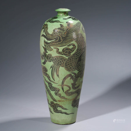 A CHINESE CI-TYPE PORCELAIN VASE, MEI PING