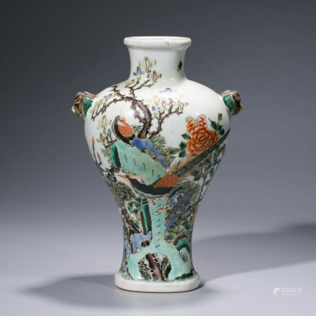 A CHINESE WUCAI PORCELAIN FLOWER AND BIRD VASE