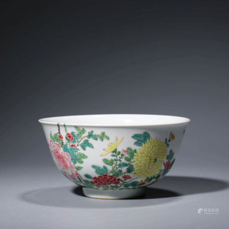 A CHINESE FAMILLE ROSE PORCELAIN CHRYSANTHEMUM BOWL MARKED YONG ZHENG