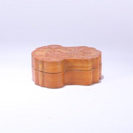 清代 如意形福寿纹竹盖盒
