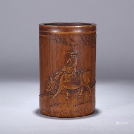 清代 竹雕骑牛图笔筒