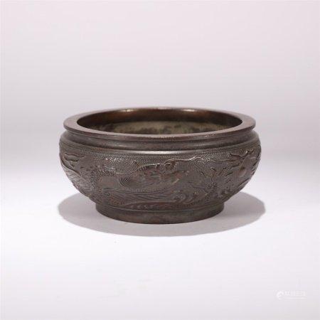 清代 铜制錾刻云龙纹钵形炉