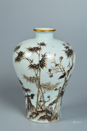 Plum bottle with ink bamboo pattern 墨竹纹梅瓶