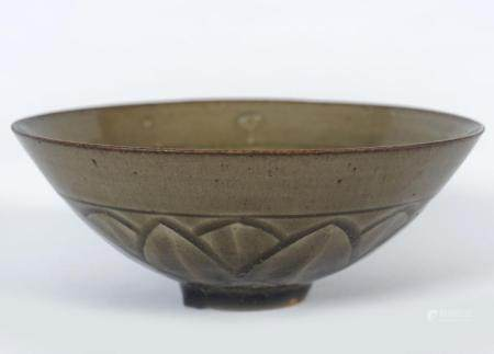 EARLY CHINESE CELADON BOWL