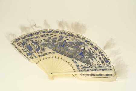 A Chinese painted feather fan, Qing Dynasty, late 19th century