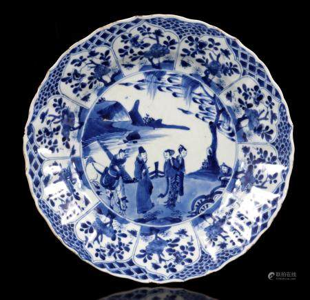 Kangxi porcelain dish with blue and white decoration