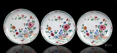 3 Chinese 19th century Famille Verte porcelain plates