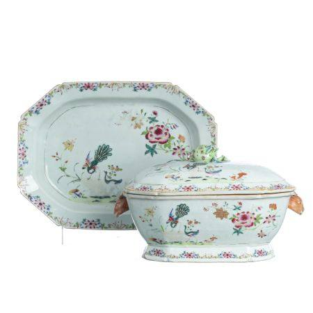 Chinese Export porcelain peacock tureen & presento