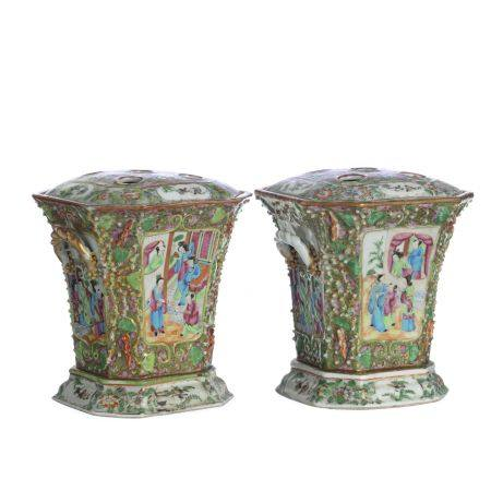 Pair of  Chinese porcelain 'Mandarin' Flowers pots