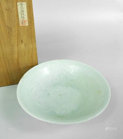 青白瓷双龙纹钵