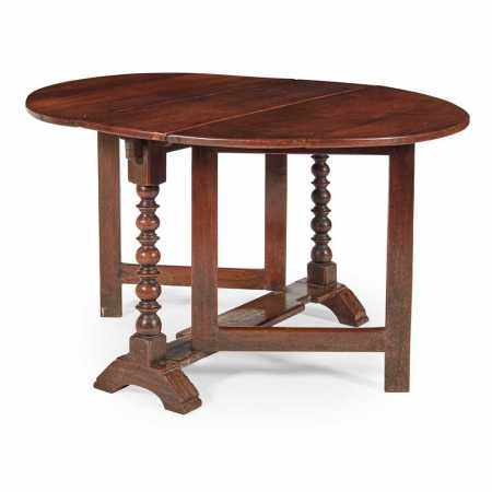 WILLIAM AND MARY WALNUT GATELEG TABLE EARLY 18TH CENTURY