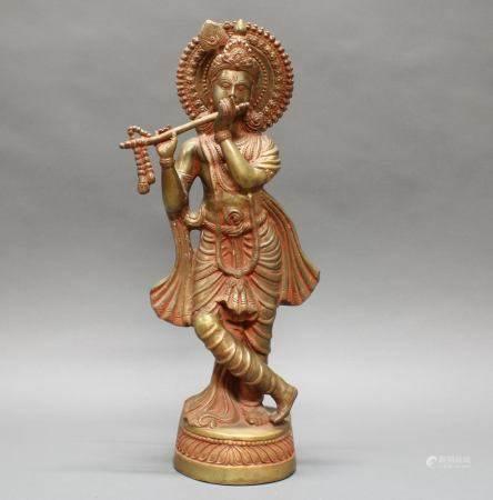 """Figur, """"Flötespielender Krishna"""", Indien, 20. Jh., Messingbronze, Reste von roter Farbe, 61.5 cm h"""
