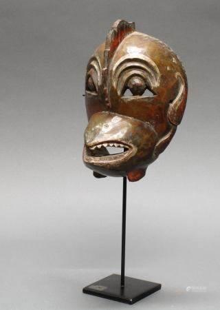 """Tanzmaske, """"Garuda"""", Java, 19./20. Jh., Holz, geschnitzt, Reste von farbiger Bemalung, 20.5 cm hoch"""