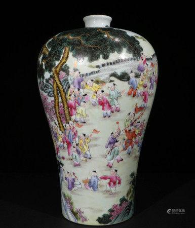 清代珐琅彩梅瓶