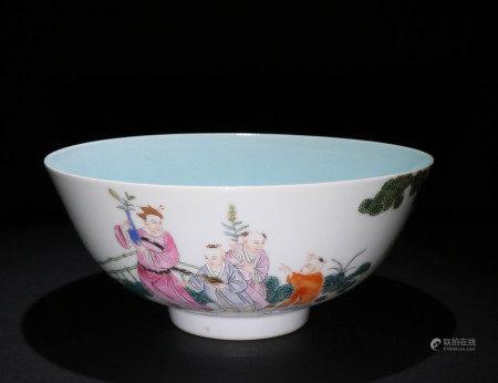 清代粉彩瓷碗