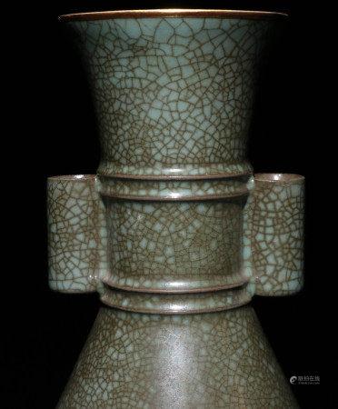 宋代汝窑青瓷赏瓶