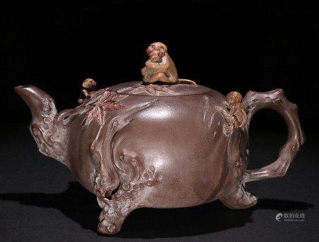 清代紫砂泥绘茶壶