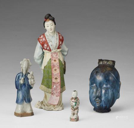 瓷器人物擺件一組
