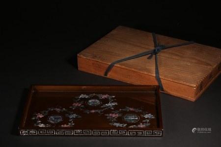 漆嵌螺鈿花卉長方盤